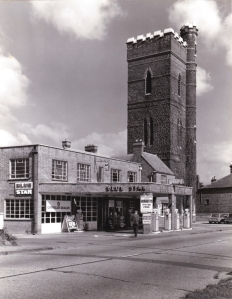 33 High Street Epping, Blue Star Garage Petrol and water tower now Gates Ford