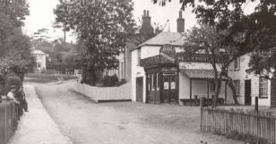 Wheatsheaf, Loughton