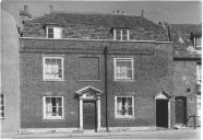 12 Paradise Road, Waltham Abbey with the inscription 'The Leverton School 1624' c.1945
